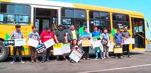 Busólogos de Transantiago conocen depósito y vehículos de STP para realizar nota informativa con Diario</br>La Tercera